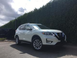 Used 2017 Nissan Rogue SV 4dr AWD Sport Utility for sale in Surrey, BC
