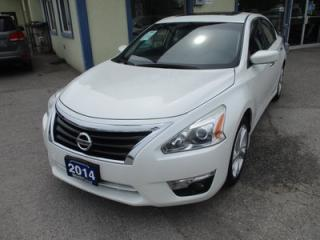 Used 2014 Nissan Altima 'FUN TO DRIVE' SV EDITION 5 PASSENGER 2.5L - DOHC.. 'PURE-DRIVE' PACKAGE.. HEATED SEATS.. NAVIGATION.. BACK-UP CAMERA.. POWER SUNROOF.. for sale in Bradford, ON
