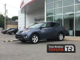 Used 2013 Toyota RAV4 *AWD - XLE - BAS KM - TOIT OUVRANT for sale in Trois-rivieres, QC