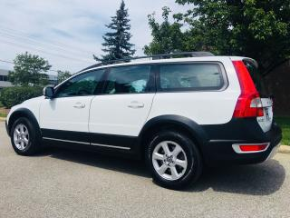 Used 2009 Volvo XC70 3.2L for sale in Mississauga, ON