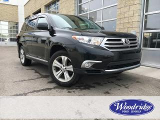 Used 2013 Toyota Highlander 3.5L V6, LEATHER HEATED SEATS, SUNROOF, INC. WINTER TIRES, REMOTE START, 7  PASSENGER, NO ACCIDENTS for sale in Calgary, AB