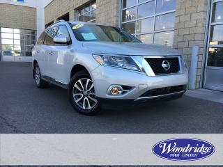 Used 2013 Nissan Pathfinder SL 3.5L V6, LEATHER, AWD, SUN ROOF, BACK UP CAMERA, NO ACCIDENTS for sale in Calgary, AB
