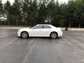 Used 2017 Chrysler 300 Platinum AWD for sale in Cayuga, ON