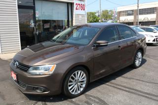 Used 2012 Volkswagen Jetta 2.0 TDI Highline Navigation. Leather. Roof. No Accident for sale in North York, ON