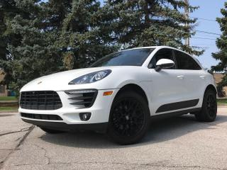 Used 2017 Porsche Macan HAS GTS TRIM LOOK! CLEAN CARPROOF for sale in North York, ON