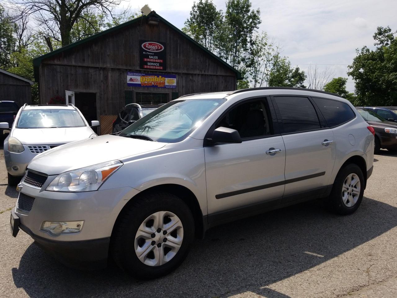 2012 Chevrolet Traverse LS, AWD, 8 Passenger!!