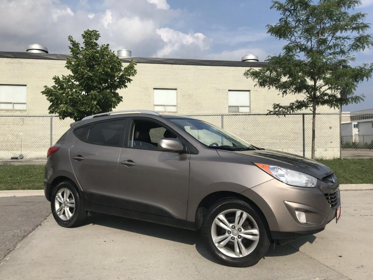 2010 Hyundai Tucson GLS, Leather, Auto, 3/Y warranty available