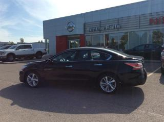 Used 2015 Nissan Altima Sedan 2.5 SV CVT for sale in Smiths Falls, ON