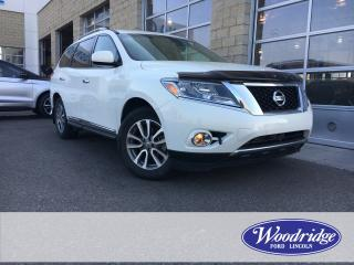 Used 2014 Nissan Pathfinder S for sale in Calgary, AB