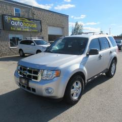 Used 2012 Ford Escape XLT 4WD, V6, BLUETOOTH for sale in Newmarket, ON