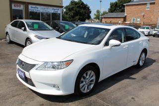 Used 2015 Lexus ES 300 hybrid for sale in Brampton, ON