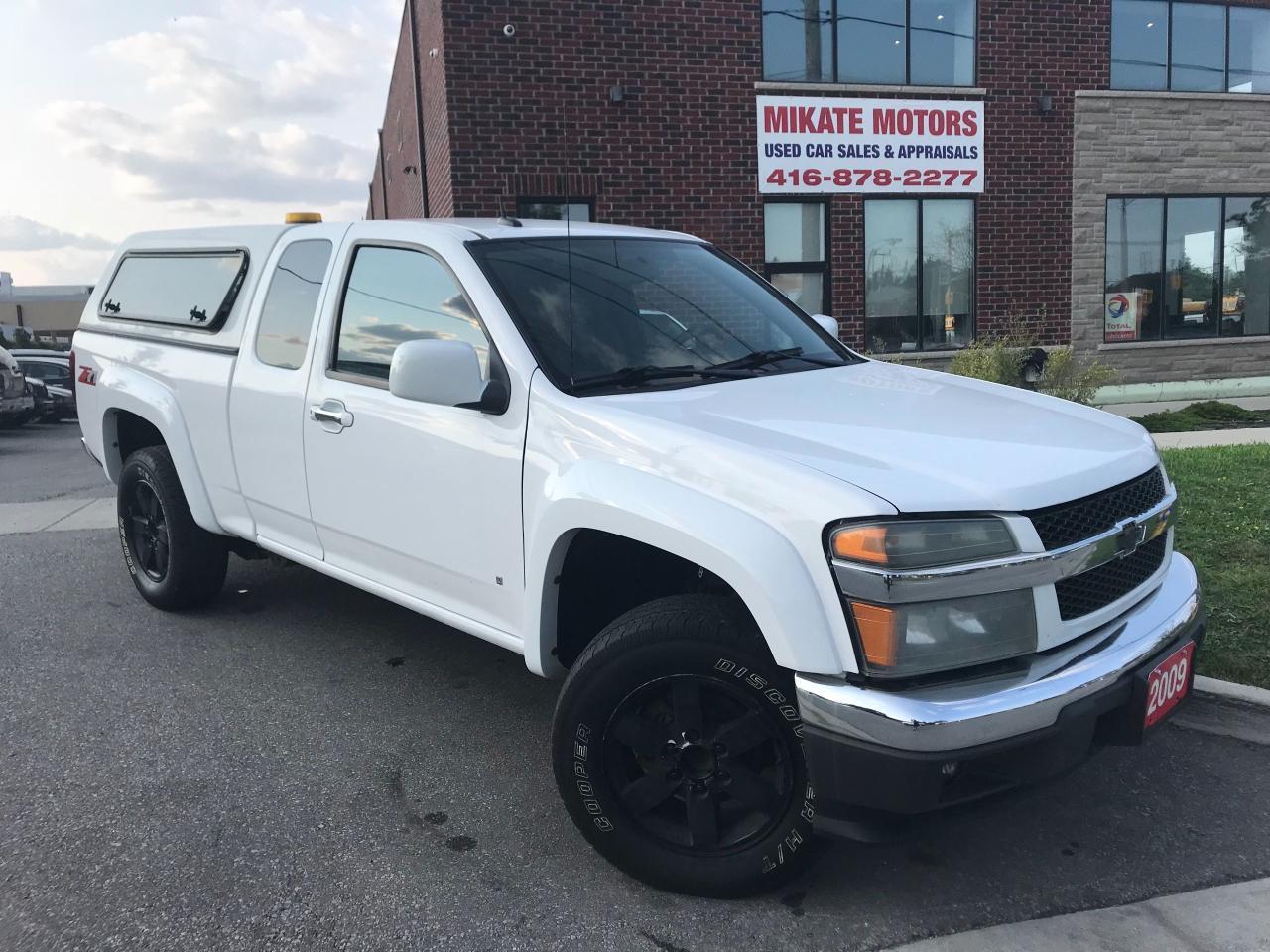 Photo of White 2009 Chevrolet Colorado