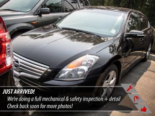 Used 2008 Nissan Altima 3.5 SE for sale in Port Moody, BC