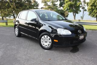Used 2009 Volkswagen Rabbit 5dr HB Man for sale in Oshawa, ON