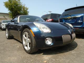Used 2006 Pontiac Solstice Coupé 2 portes Cabriolet for sale in Mirabel, QC