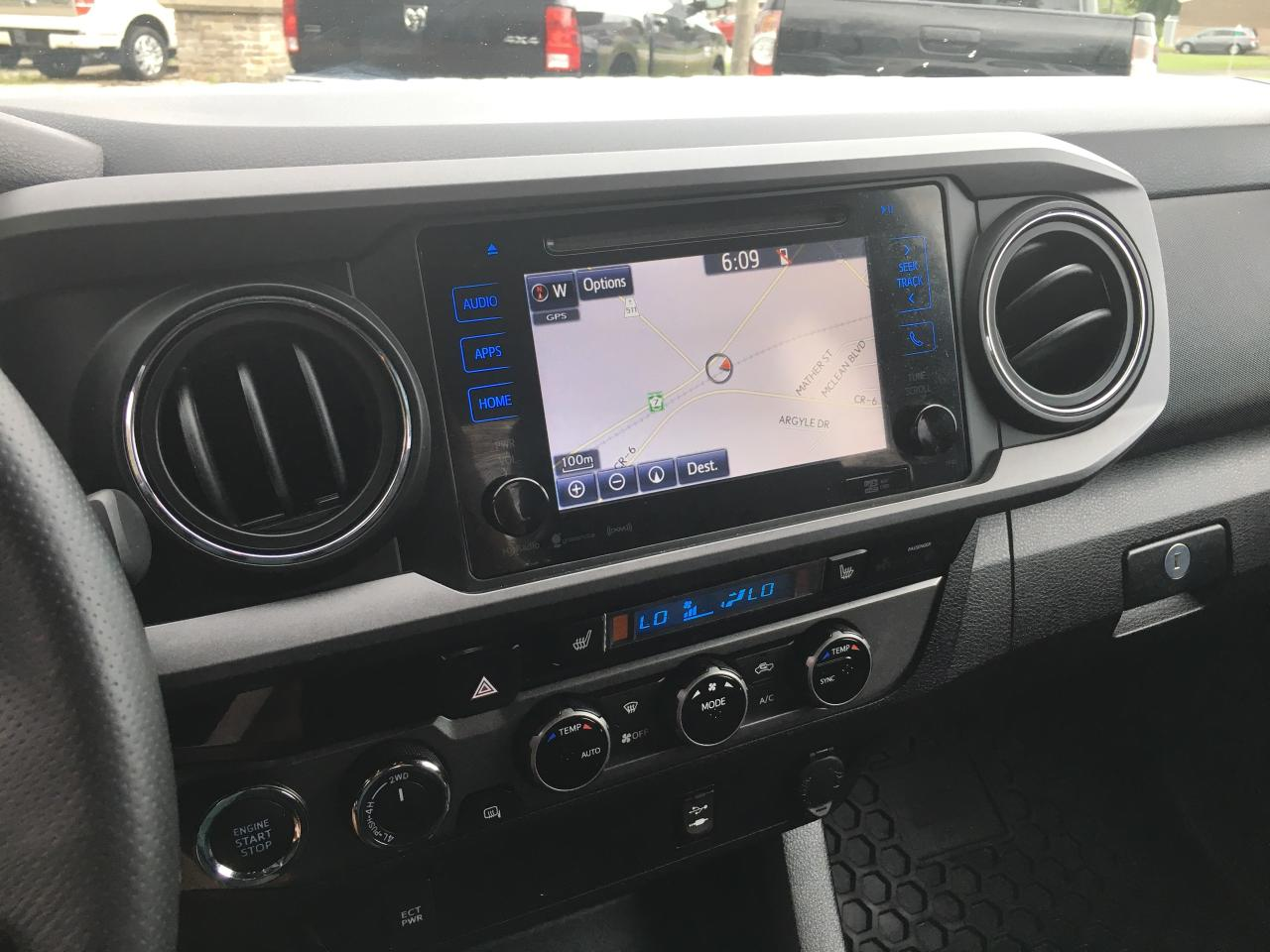 Used 2016 Toyota Tacoma Trd Off Road Only 63200 Km For