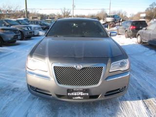 Used 2012 Chrysler 300 C HEMI 300C HEMI &LIMITED & NAV for sale in Newmarket, ON