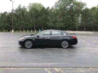 Used 2017 Nissan Altima SL FWD for sale in Cayuga, ON