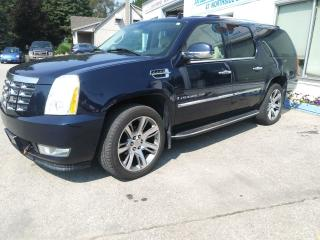 Used 2008 Cadillac Escalade ESV for sale in St. Jacobs, ON