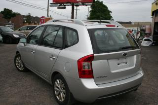 Used 2011 Kia Rondo EX w/3rd Row for sale in Ottawa, ON