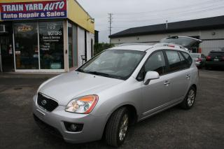 Used 2011 Kia Rondo EX w/3rd Row for sale in Nepean, ON