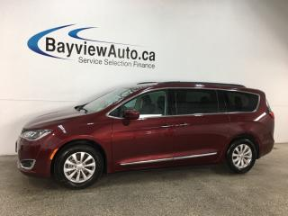 Used 2017 Chrysler Pacifica Touring-L - REM START! HTD LTHR! NAV! PWR LIFTGATE! CRUISE! for sale in Belleville, ON
