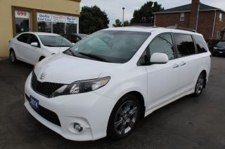 Used 2014 Toyota Sienna SE 8 Passenger Sunroof for sale in Brampton, ON