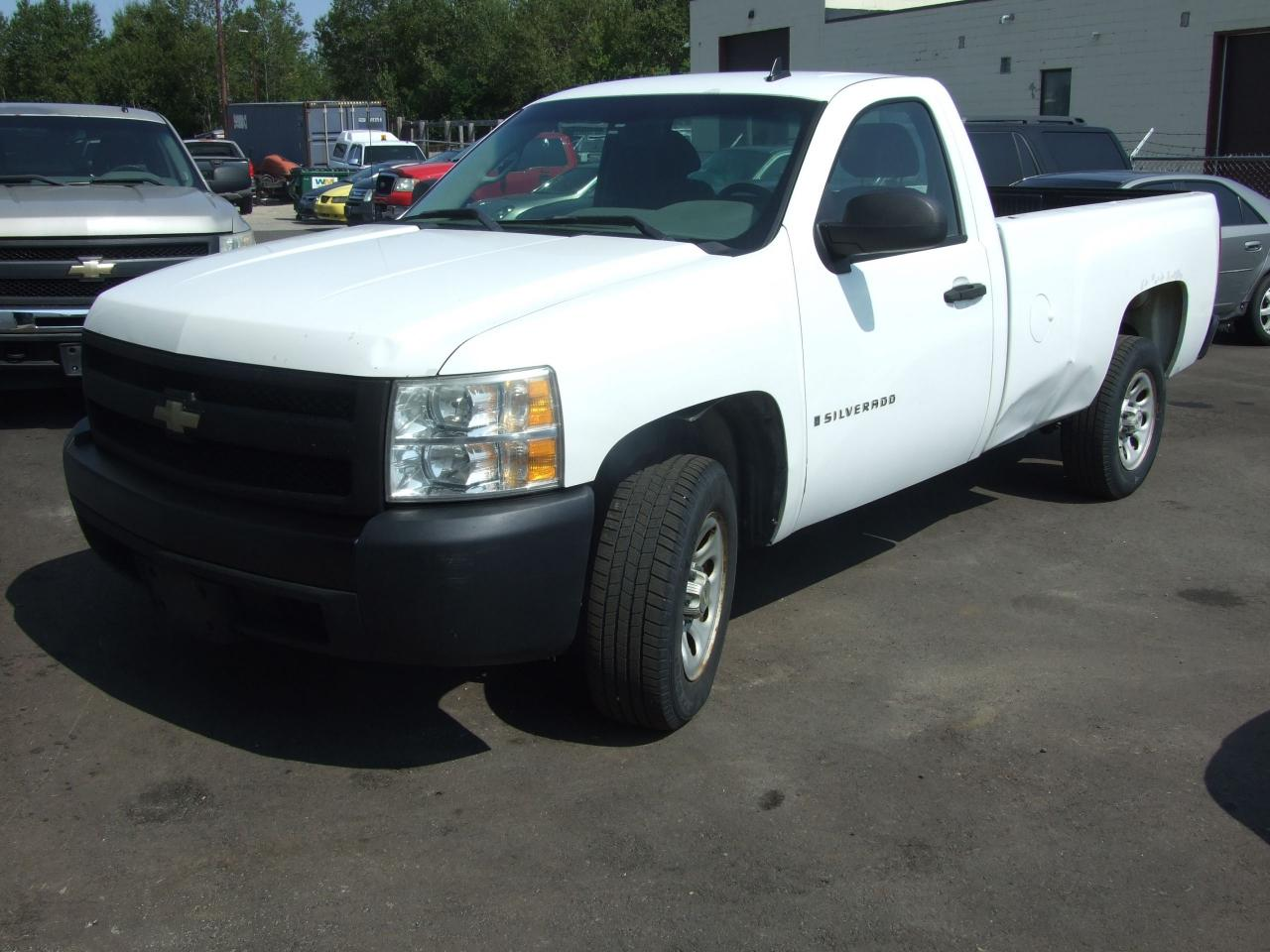 Photo of White 2007 Chevrolet Silverado 1500