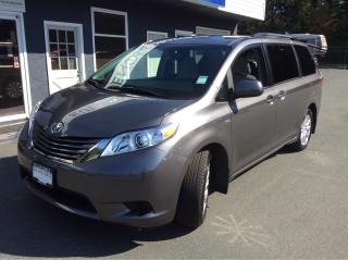 Used 2017 Toyota Sienna LE ONLY 8400 KM for sale in Parksville, BC