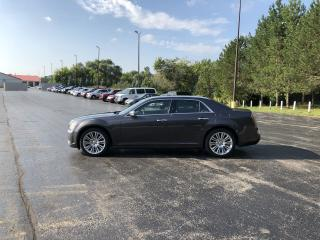 Used 2013 Chrysler 300 C RWD for sale in Cayuga, ON