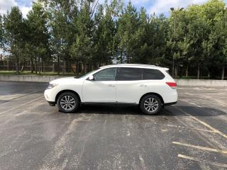 Used 2014 Nissan Pathfinder SL 4WD for sale in Cayuga, ON