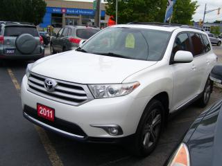 Used 2011 Toyota Highlander Sport,7 Passengers,4WD,Backup Camera,Sunroof for sale in Kitchener, ON