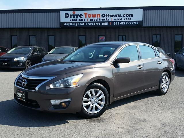 2013 Nissan Altima 2.5 **LOW LOW PAYMENTS**