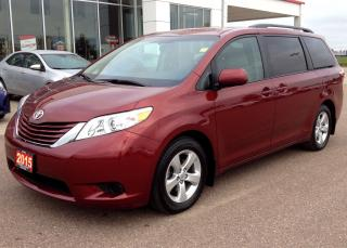 Used 2015 Toyota Sienna LE for sale in Renfrew, ON