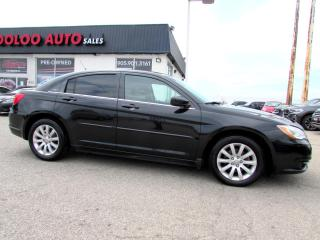 Used 2011 Chrysler 200 LX Sedan Automatic Certified 2YEARS Warranty for sale in Milton, ON