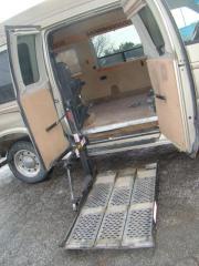 Used 2000 Ford Econoline Cargo Van E-250 Recreational for sale in Woodbridge, ON