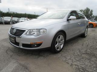 Used 2009 Volkswagen Passat HIGH LINE 2.0L / NAV / LEATHER / ROOF / ONE OWNER for sale in Newmarket, ON
