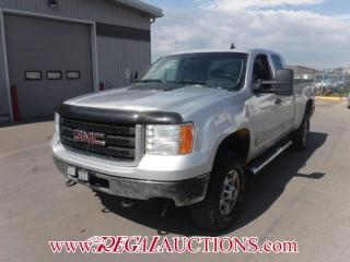 Used 2011 GMC Sierra 2500 SLE EXT CAB SWB 4WD 6.0L for sale in Calgary, AB