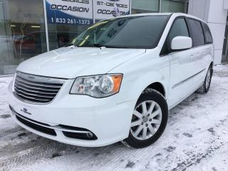 Used 2015 Chrysler Town & Country Touring Stow&go for sale in St-Georges, QC