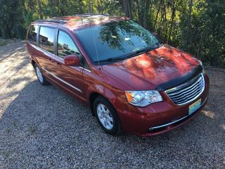 Used 2012 Chrysler Town & Country Touring only 93300 km for sale in Perth, ON