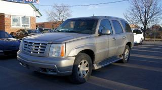 Used 2002 Cadillac Escalade AS-IS SPECIAL SALE!!! AWD * LEATHER * SUNROOF * for sale in Woodbridge, ON