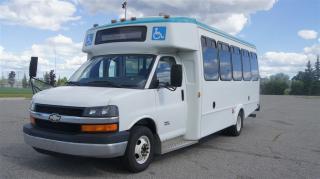Used 2011 Chevrolet Express G4500 Bus * 16 Passenger * Wheelchair Lift * for sale in Woodbridge, ON