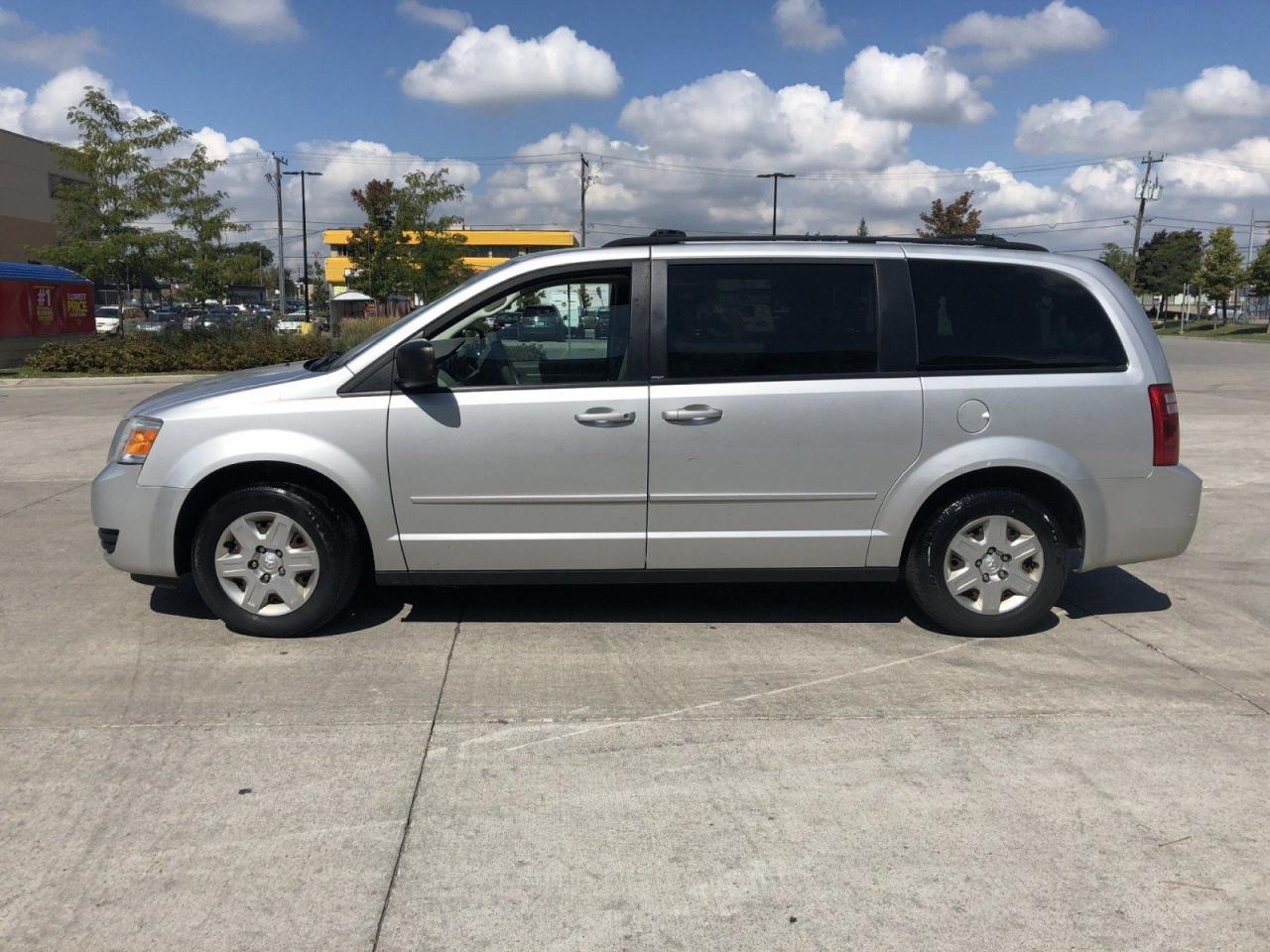 2009 Dodge Grand Caravan Stow & go, 7 Pass, 3/Y Warranty Avail