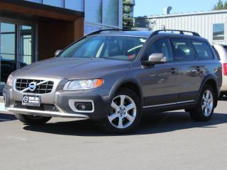 Used 2010 Volvo XC70 3.2 AWD | HEATED LEATHER | SUNROOF for sale in Fredericton, NB