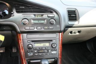 Used 2000 Acura TL 4 Dr for sale in Ottawa, ON