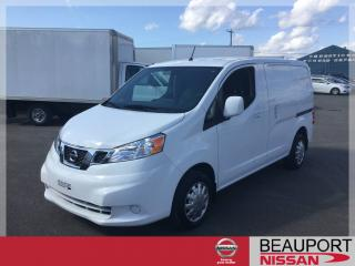 Used 2014 Nissan NV 2500 NISSAN NV 200 SV for sale in Beauport, QC