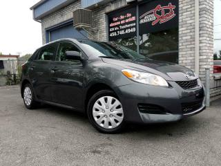 Used 2012 Toyota Matrix Familiale manuelle 4 portes à traction for sale in Longueuil, QC