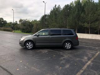 Used 2010 Volkswagen Routan Highline FWD for sale in Cayuga, ON