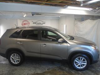 Used 2014 Kia Sorento LX for sale in Ancienne Lorette, QC
