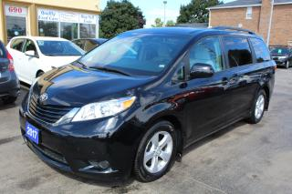 Used 2017 Toyota Sienna LE Power Doors 8 Passengers for sale in Brampton, ON